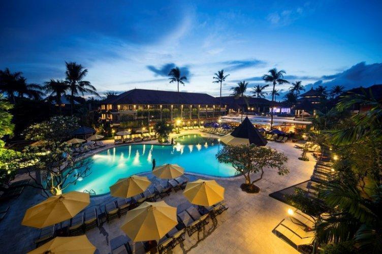 Bali Dynasty Resort - avond