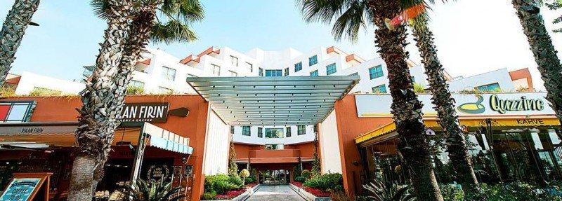 Akra-V Hotel
