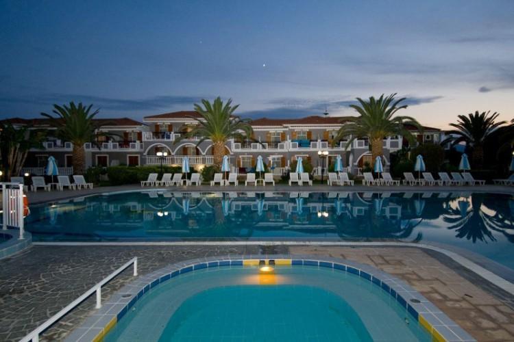 Golden Sun Hotel 60