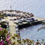 Hotel Baia Bodrum - Zonnepier bij het hotel