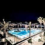 Hotel Baia Bodrum - zwembad bij nacht