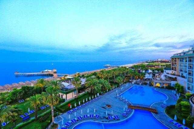 Lyra Resort en Spa