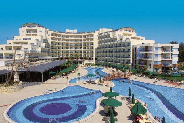 Sealight Resort