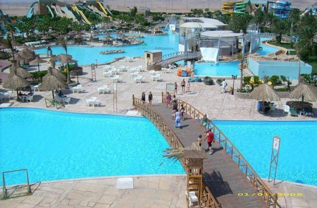 Titanic Beach Resort Aqua Park