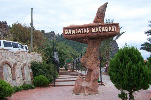De Damlatas grot